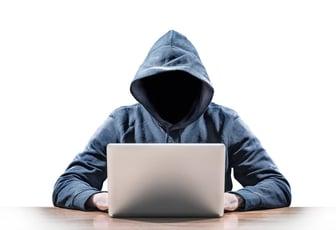 同僚が犯罪者とならないために シャドーITにどのように企業は対応するのか