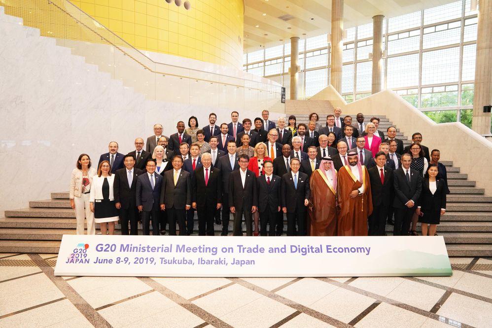 貿易・デジタル経済大臣会合へ参加された各国大臣 出典:G20茨城つくば貿易・デジタル経済大臣会合ウェブサイト