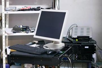社内にファイルサーバーを設置する3つの問題点