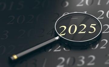 経産省が警告する「2025年の崖」とは?企業が取るべき戦略とクラウドストレージの役割