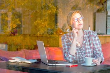 変わりゆく働き方― 働く場所・時間、働き方をもっと自由に