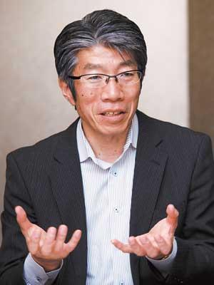 システム部 部長 岡田 孝平 氏